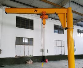 2t电dong360度ding柱式悬臂起重机